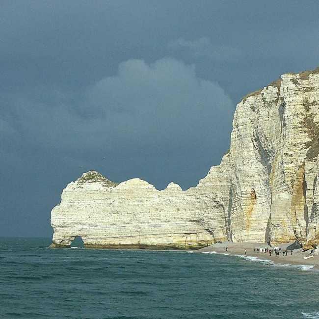 cliff-921843_1920